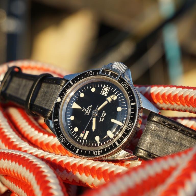 bracelet toile carbone sur yema superman
